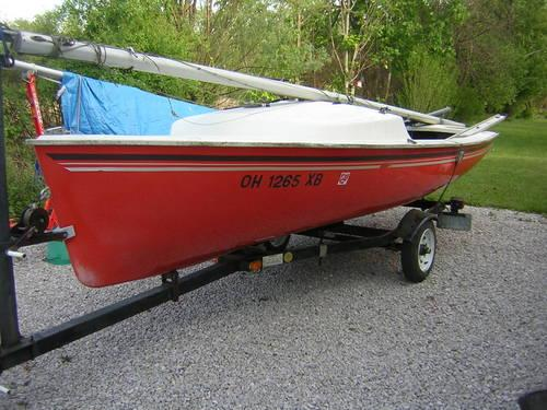 16 ft Daysailer, trailer, new sail, new wheels and