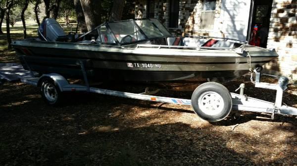 16 Ft fiberglass boat w/Nissan 90 HP Outboard - $1500