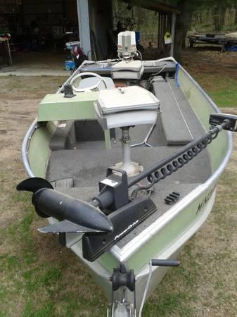 16 ft lowe fishing boat 16 foot 1982 fishing boat in for Used fishing boats for sale mn