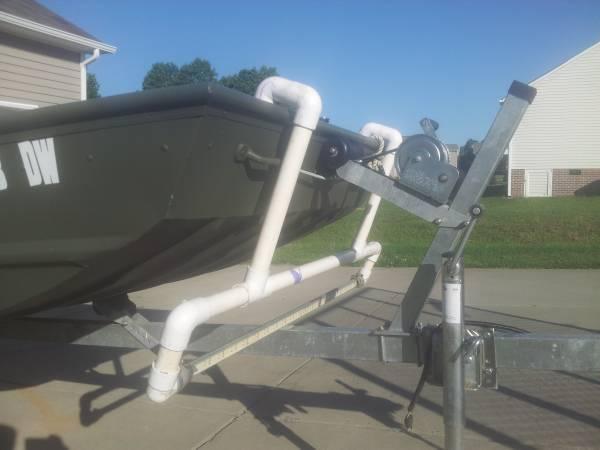 16 Jon Boat Flounder Gigging Ready For Sale In