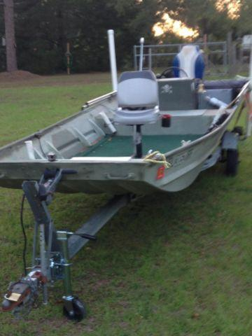 16' Monark Flat Bottom Boat with 25hp Evinrude