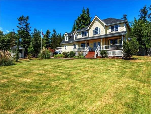 16893 View Lane Single-Family Home