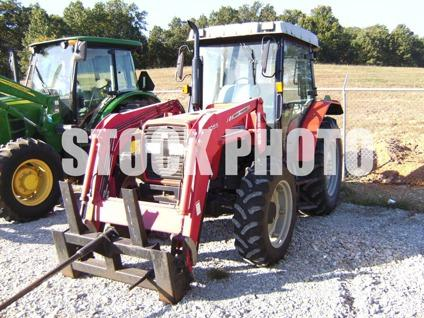 $17,000, 2004 Massey-Ferguson 471
