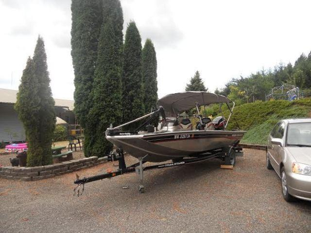17' 2004 Bass Tracker Pro Crappie 175 for Sale in Ariel
