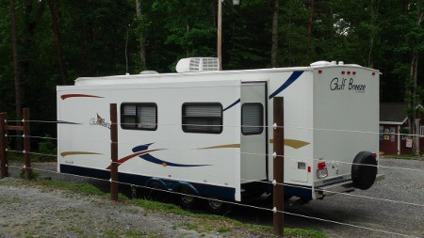 $17,900 OBO Travel Trailer Gulfstream 2009 27