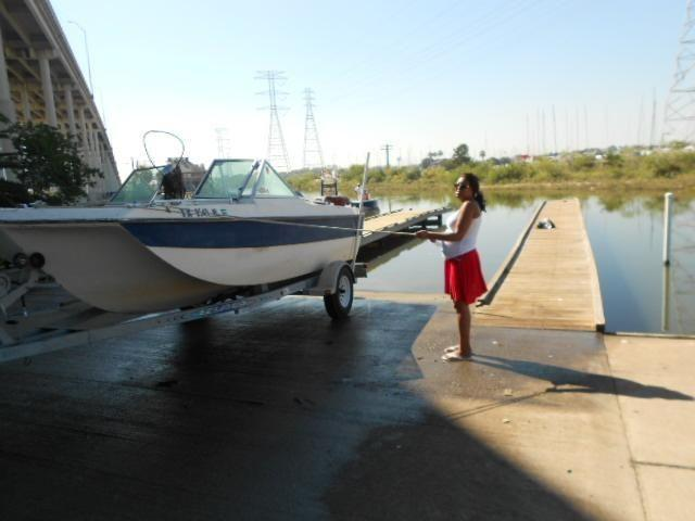 17 ft aquasport xscape trihull boat with 120 hp evinrude for Used fishing boats for sale in houston