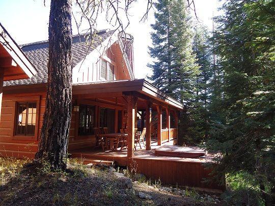 $175 / 3br - 1800ft² - Creekside Chalet, sleeps 6, indoor/outdoor  fireplace, hot tub (Tamarack Resort, Idaho) (map)