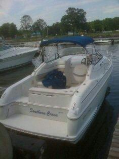 $18,000, 1995 26' chris craft crown with trailer