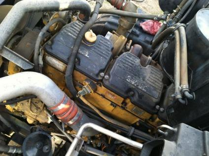 Diesel engine semi truck for Sale in San Bernardino