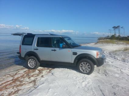 $18,000 Land Rover LR3 70k miles