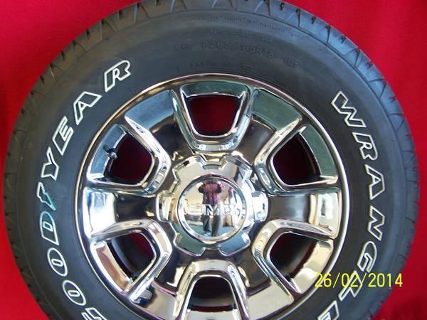 18 2014 gmc denali sierra yukon wheels tires new take offs for sale in bloomington. Black Bedroom Furniture Sets. Home Design Ideas