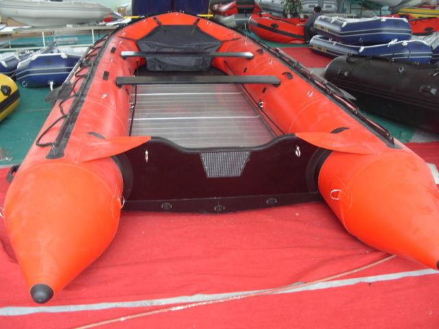 18 4FT x 8ft WIDE INFLATABLE BOAT