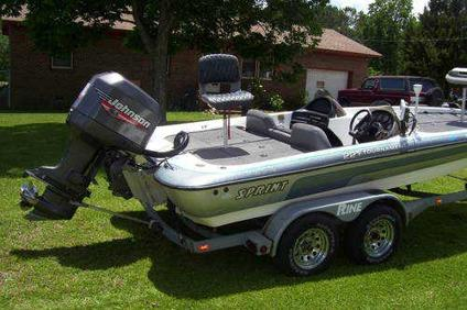 2001 Bass Boat With Johnson 200hp Motor For Sale In