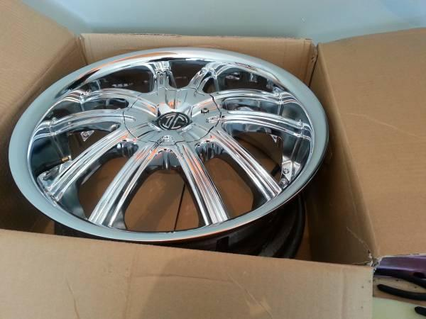 18 chrome wheels for chevy cruze - $550