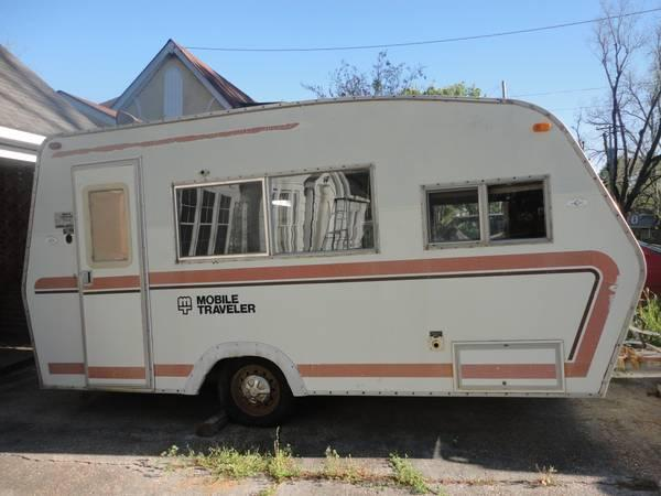18 ft. camper/with bathroom - $1700