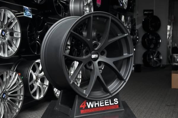 18 str 609 wheels rims 5x114 3 fit nissan maxima altima toyota honda for sale in philadelphia. Black Bedroom Furniture Sets. Home Design Ideas