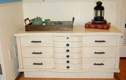 1956 lane cedar chest for sale in colorado springs colorado classified. Black Bedroom Furniture Sets. Home Design Ideas