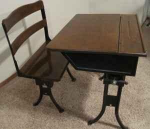 1800 S School Desk Wichita Ks For Sale In Wichita