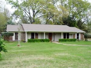 3br 1957ft 178 Traditional Ranch With Unbelieveable