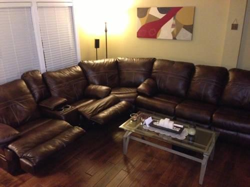 Brown Leather Sectional W Sleepersofa Less Than Year Old