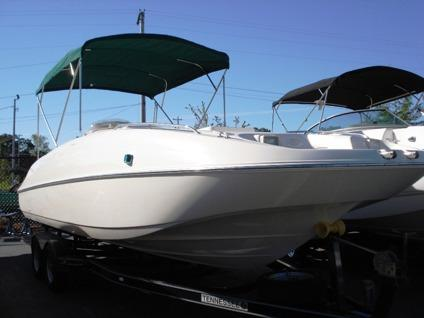 Obo Very Nice 1999 Monterey 240 Explorer Deck Boat For