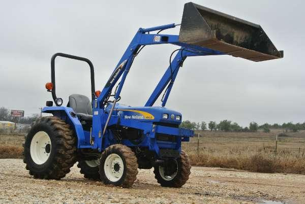 1900 New Holland Agriculture T1520