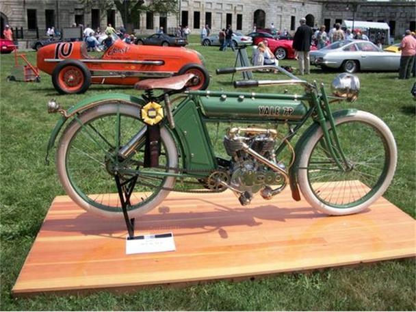 1912 Antique Motorcycle