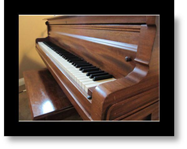 1917 Baldwin Baby Grand Piano