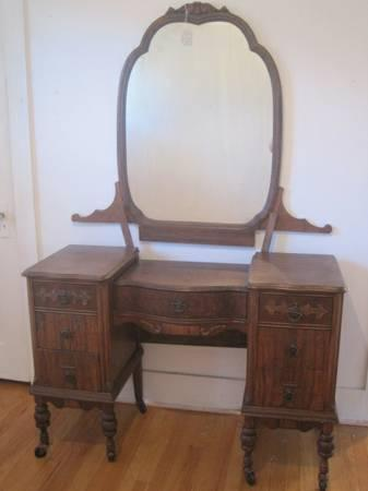 1920s Antique Dresser Or Vanity With Mirror For Sale In