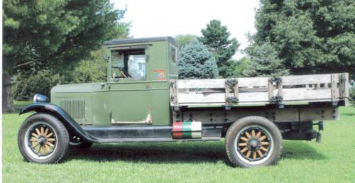 ( 1927 Chevrolet Truck - Stick - Rebuilt Engine - Green