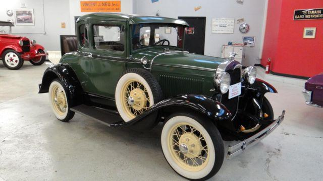 1930 Ford Model A - Rumble Seat coupe !!