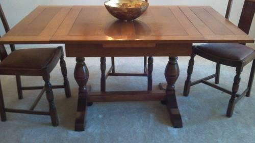 1930s Draw Leaf Dining Table W 4 Chairs