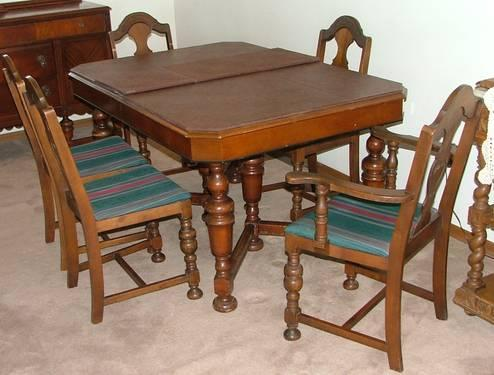 Astounding 1930S Table Chairs And Buffet Walnut For Sale In Spokane Machost Co Dining Chair Design Ideas Machostcouk