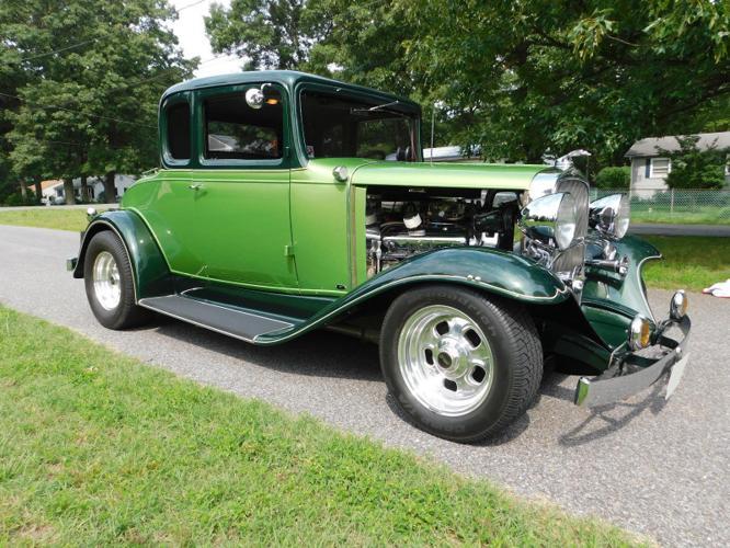 1932 Chevrolet 5-Window Coupe Lingenfelder 454 c i  Street Rod Resto