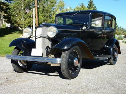 1932 ford v8 four door fordor deluxe shipping worldwide for 1932 ford four door