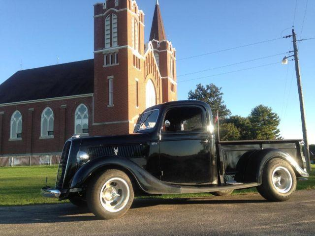 1937 Ford Pickup - 327 Chevy Small Block Engine - Black