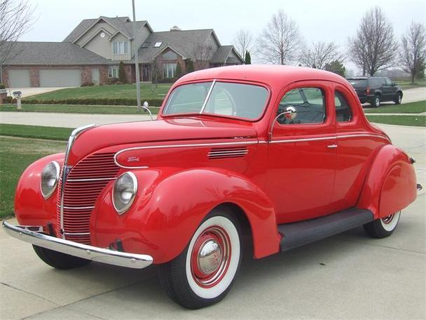 1939 Ford 2-Dr Coupe