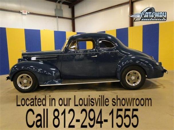 1939 Packard Antique