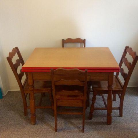 1940s Enamel top farmers table with 4 chairs