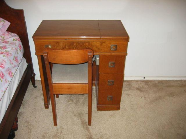1945 singer sewing machine