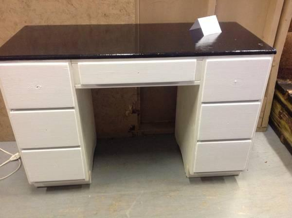 Quot 1947 Quot Solid Oak Desk For Sale In Clarksville Tennessee