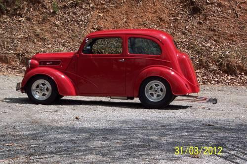 1948 English FORD Anglia. PRO STREET