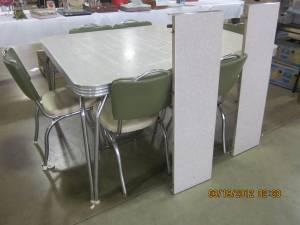 1950 S Chrome Dinette Table Chairs Dubuque For Sale In Dubuque Iowa Classified Americanlisted Com