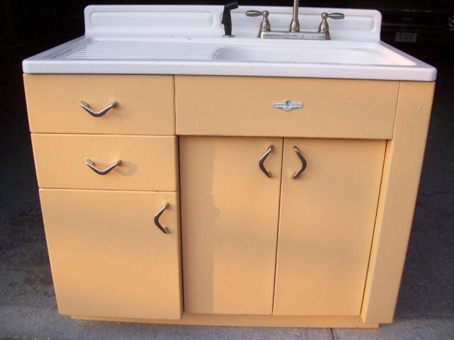1950's Youngstown Kitchens By Mullins with cabinet for Sale in ...