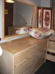 1950s Bedroom Set http://ames-ia.americanlisted.com/furniture/1950s-blonde-bedroom-set-ames-ia_20149189.html