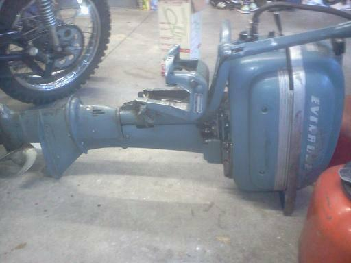 1951 Evinrude 14hp Outboard Boat Motor - $200
