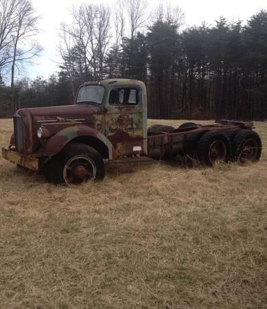 1953 Mack Truck