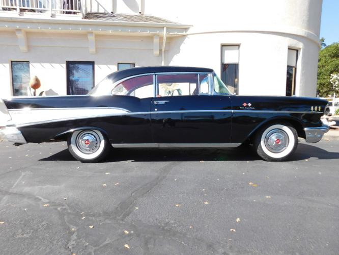 1957 Chevrolet Belair 2-Door HT 283 CI Fuel Injection