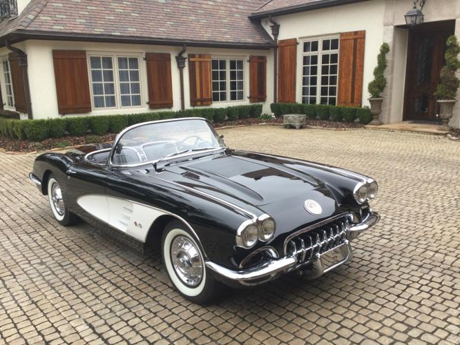 1958 chevrolet corvette black and white for sale in. Black Bedroom Furniture Sets. Home Design Ideas