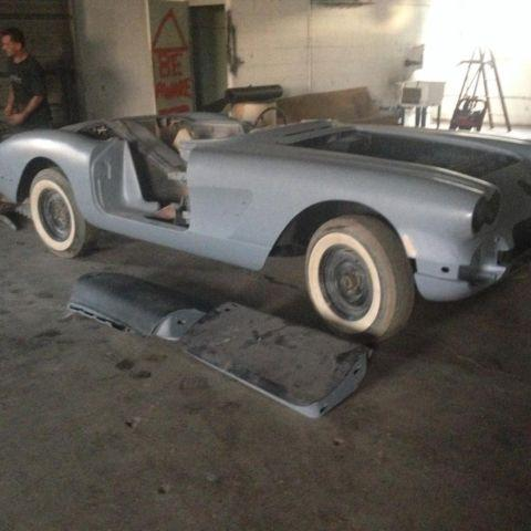 1958 corvette project car needs paint assembly all parts for sale in bowling green kentucky. Black Bedroom Furniture Sets. Home Design Ideas